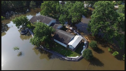 Save home with water filled cofferdam in Texas flood