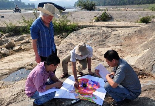 Earthquake Survey researchers at central Vietnam