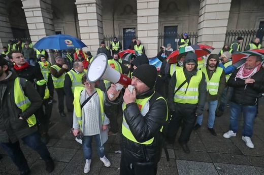 yellow vests dublin ireland