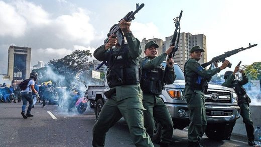 government soldiers maduro
